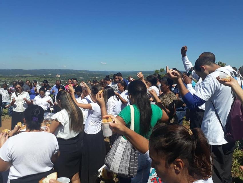 """Muita fé e emoção do VIII """"Clamor no Monte"""", nesta sexta-feira santa em Pedro Leopoldo"""