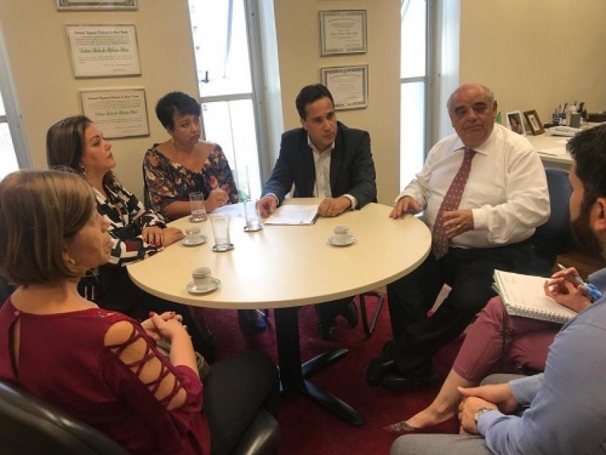 Autoridades saem em defesa da  Escola Estadual Dr. Roberto Belisário Viana, em Dr. Lund, pode não ser mais de tempo integral