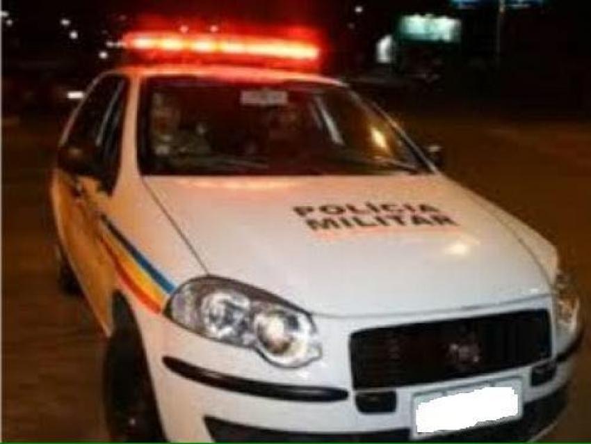 Um homem foi atingido por golpes de machado no centro de Pedro Leopoldo