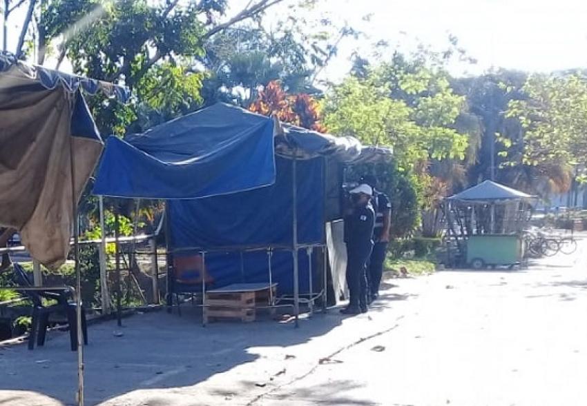 Uma  mulher foi ameaçada e sofreu agressão em barraca no terminal rodoviário
