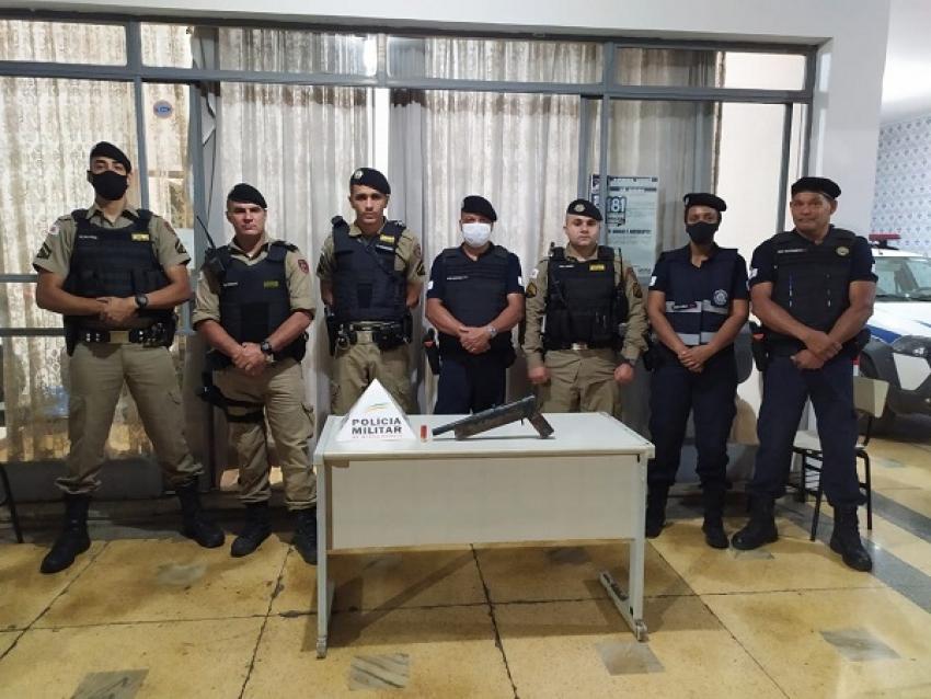 Homem é preso por posse de arma de fogo no terminal rodoviário de Pedro Leopoldo