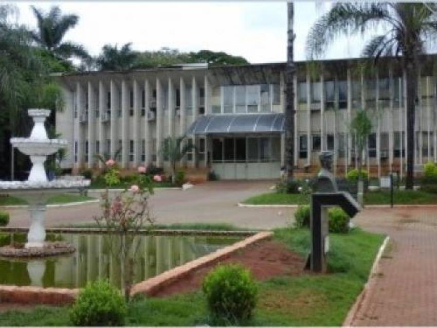Funcionários Públicos fazem Assembléia Geral de criação, aprovação, eleição e posse do Conselho Administrador e Fiscal da Associação dos Servidores Públicos Municipais de Pedro Leopoldo.