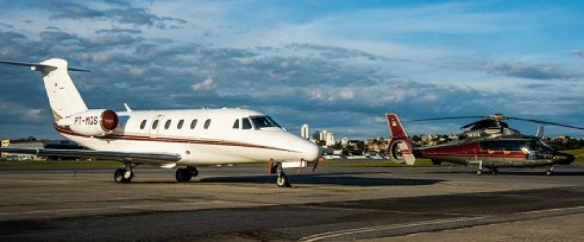 Romeu Zema determina uso das aeronaves oficiais do Estado para transporte de vacinas e insumos contra a covid-19