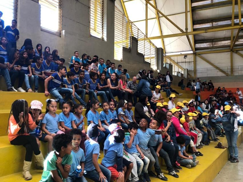Aberto oficialmente o JEMPEL 2019 com a participação de centenas de alunos da rede pública que irão competir durante 20 dias