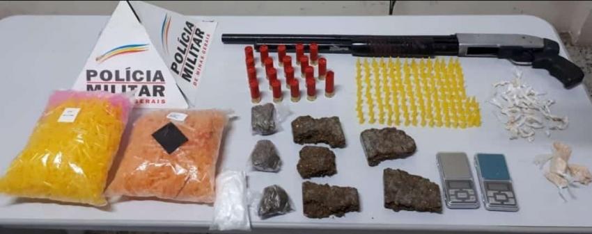 Policia Militar de Pedro leopoldo apreende drogas, armas e munição em Vera Cruz de Minas