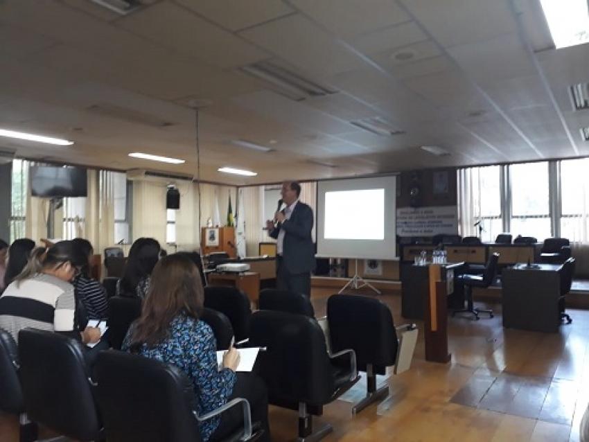 """Aconteceu mais um """"Encontros com a Politica"""", na Câmara Municipal de Pedro Leopoldo"""