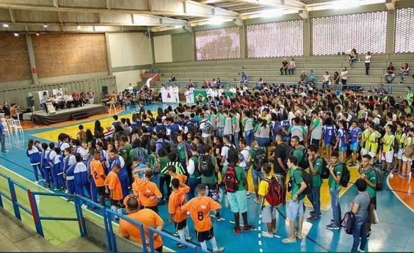 Cinco escolas de Pedro Leopoldo estão participando dos JEMG - Jogos Escolares de Minas Gerais.
