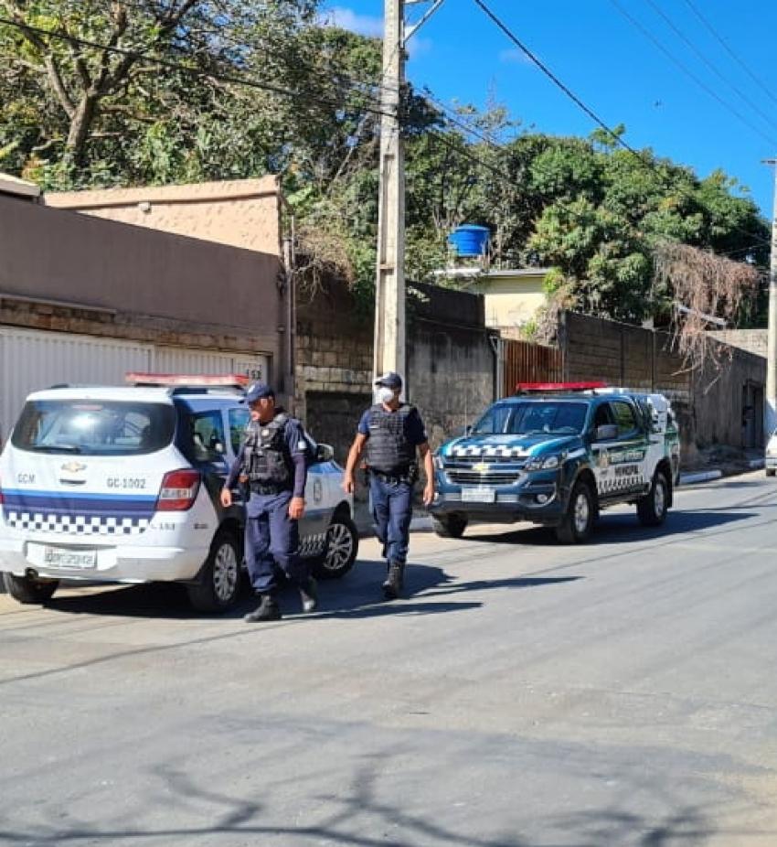 Cidadão é preso pela Guarda Civil Municipal de Pedro Leopoldo após ameaçar colocar fogo na casa da mãe e se envolver em briga