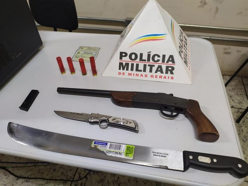 Policia prende suspeito de disparos de arma de fogo no centro de Pedro Leopoldo e apreende armas e munição