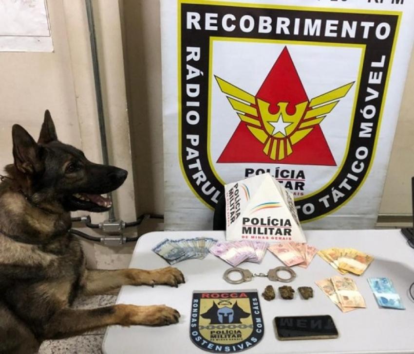 Suspeito de trafico de drogas foi preso no bairro Joana Darck e drogas foram apreendidas