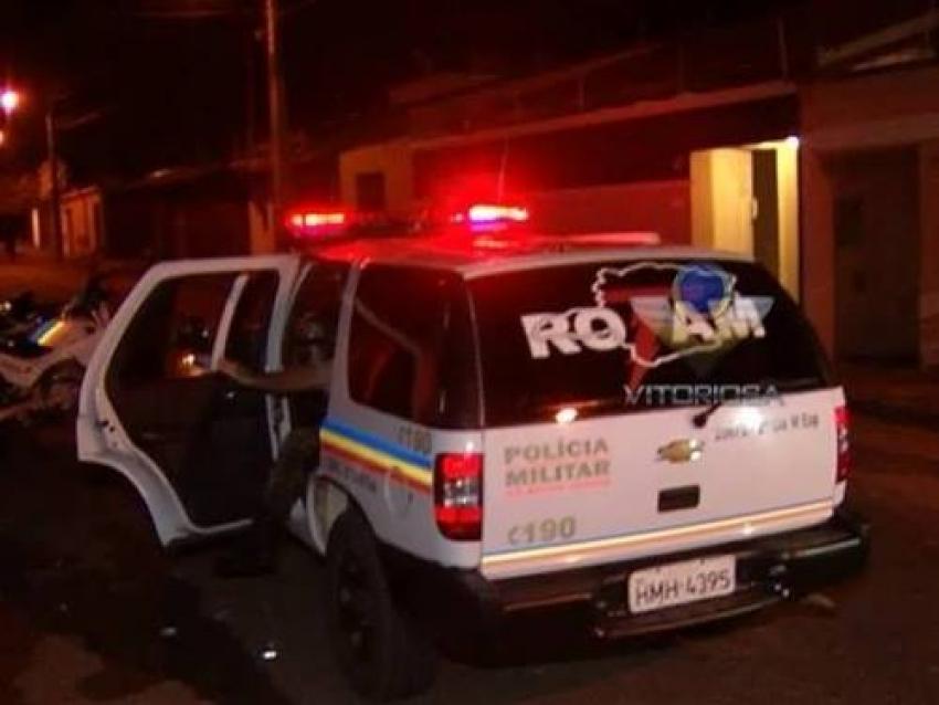 Polícia prende quatro indivíduos no bairro Dom Camilo