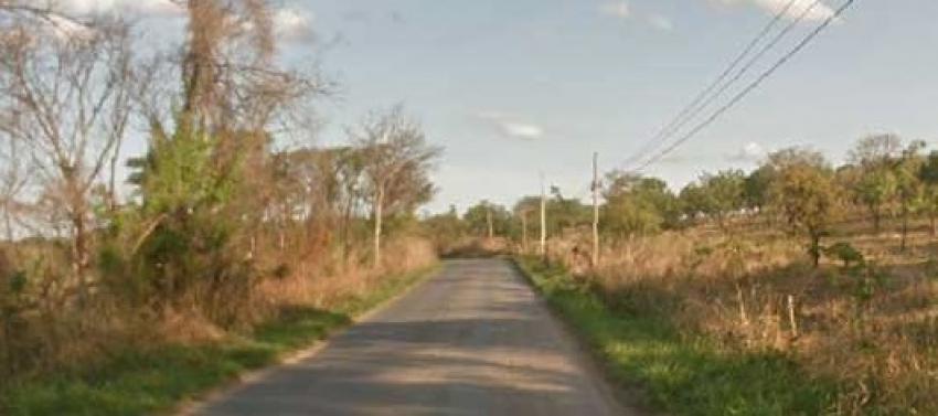 Jovem foi assassinado a tiros e atropelado na estrada da Lapa Vermelha