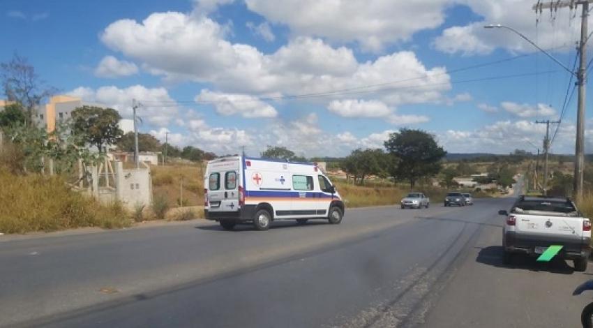 Acidente no bairro Theotônio Batista de Batista deixa um motoboy ferido